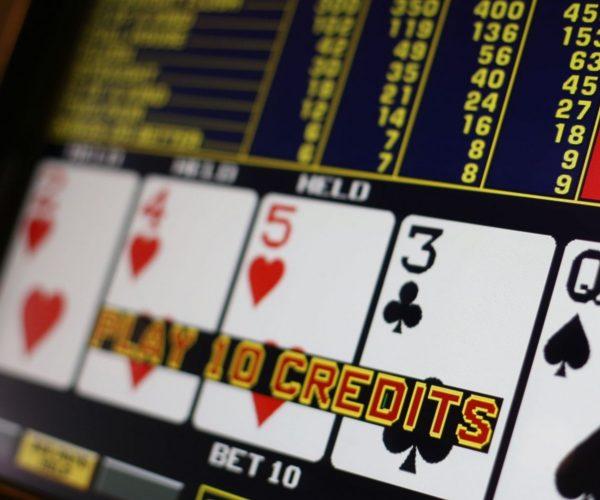 Machine à sous Poker Machine : notre avis complet